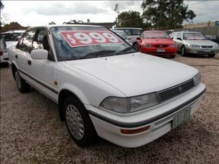 1991 Toyota Corolla Ultima AE94 Sedan