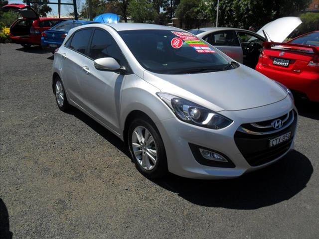2014  HYUNDAI I30 SE GD MY14 5D HATCHBACK