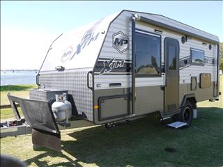 2018 Masterpiece XTM 17ft 10in Off-Road Single Axle Caravan. Save thousands now on this van!!!