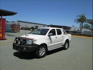 2010  TOYOTA HILUX SR DUAL CAB KUN26R MY10 CAB CHASSIS
