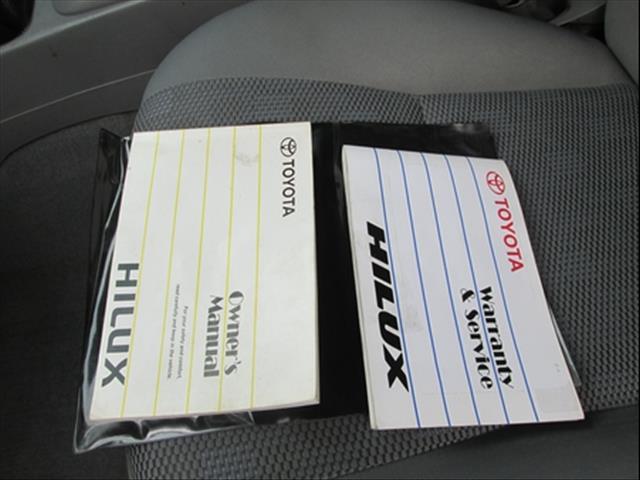 2006  TOYOTA HILUX SR DUAL CAB GGN25R MY05 UTILITY