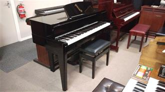 Yamaha N1 Avant Grand Hybrid Piano Less than 4 Years old.