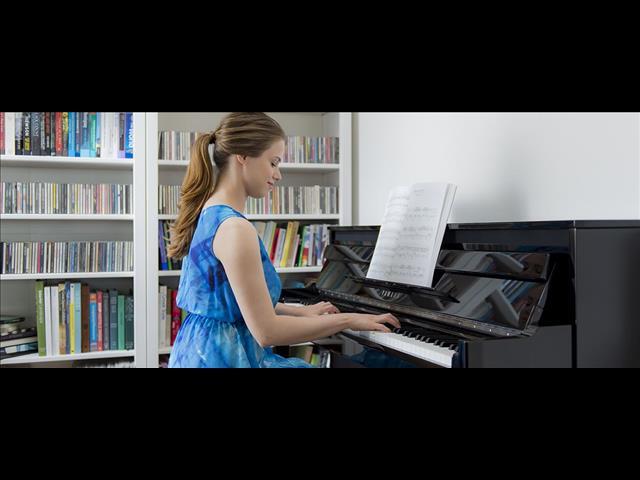 Yamaha Hybird AvantGrand NU1X Piano