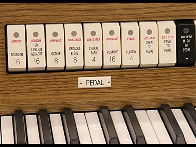 Allen Classic Organs  HISTORIQUE I ~ | Two Manuals | 24 Stops