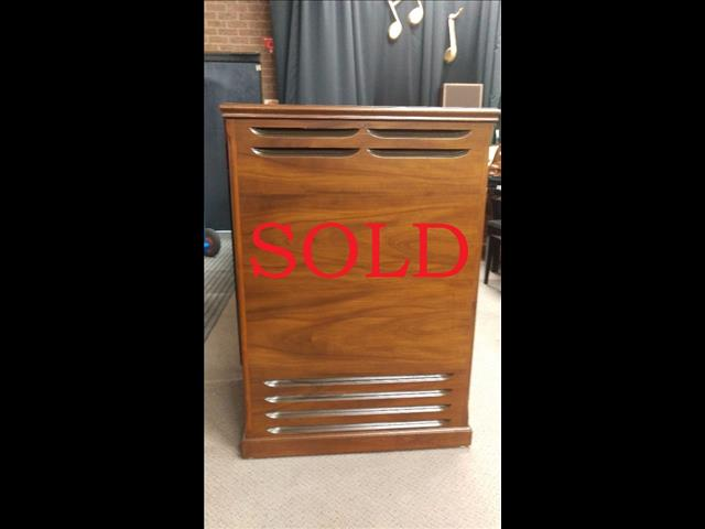 SOLD - Leslie Speaker Cabint Model 147 Walnut