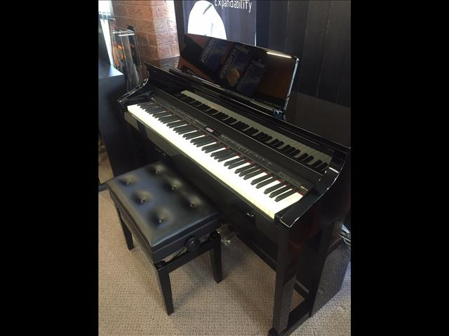 Roland HP507 Digital Piano with matching adjustable stool