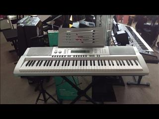 Casio 76 Note Piano style Keyboard WK210