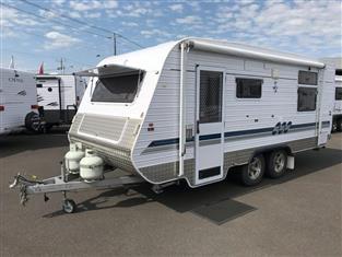 Crusader XL Caravan