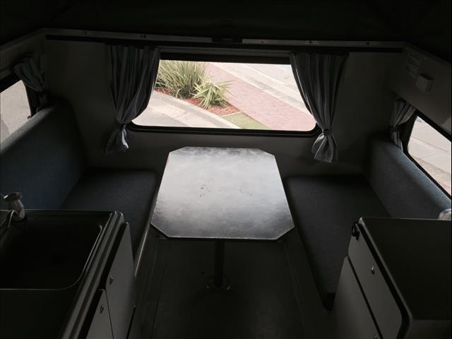 2004 TOYOTA HILUX (4x4) LN167R C/CHAS