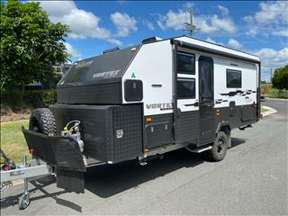 2020 On The Move Caravans Vortex Black Edition 17'6