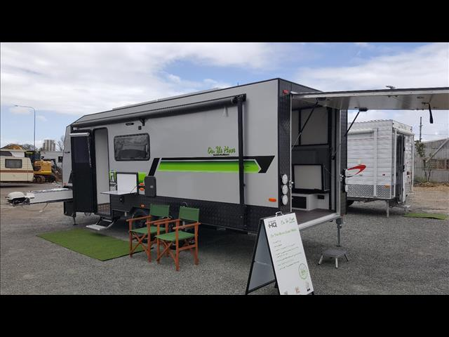 ONE OFF SHOW DEMONSTRATOR SALE, NEVER REGISTERED 2017 On The Move NITRO Toy Hauler
