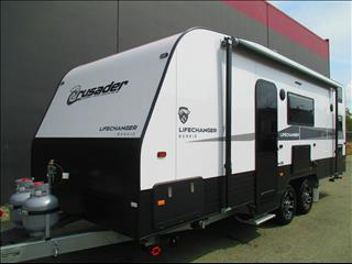 2020  CRUSADER LIFECHANGER  BUNKIE