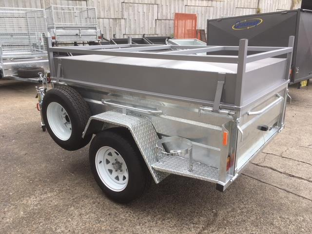 Box Trailer Galvanized with Lid (Item 10)