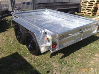 Galvanized Box Trailer with Dual Axle (Item 277)