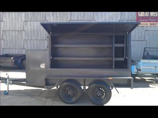 Enclosed Tradesman Tandem Trailer (Item 1111)