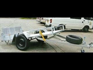 Golf Buggy Trailer with Tipper Option (Item 22)