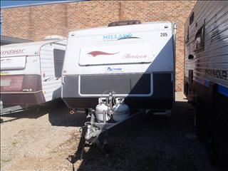Caravan Hire - Millard w/ Double Bed and Shower+Toilet