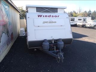"""Windsor Genesis 2009 17'6"""""""