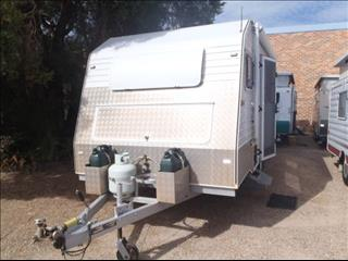 2004 Custom Build 16'6 Off Road Caravan
