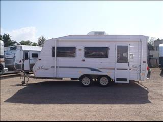 2003 Jayco Heritage 18'6 with Roll Out Awning + Walls
