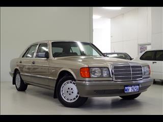 1986 MERCEDES-BENZ 300SE  W126 SEDAN