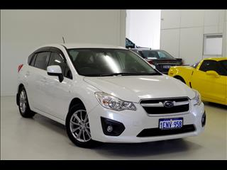 2014 SUBARU IMPREZA 2.0i Luxury G4 HATCHBACK