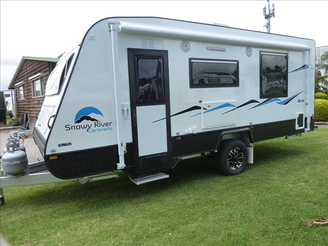 NEW 2017 SNOWY RIVER SINGLE AXLE CARAVAN WITH BATHROOM