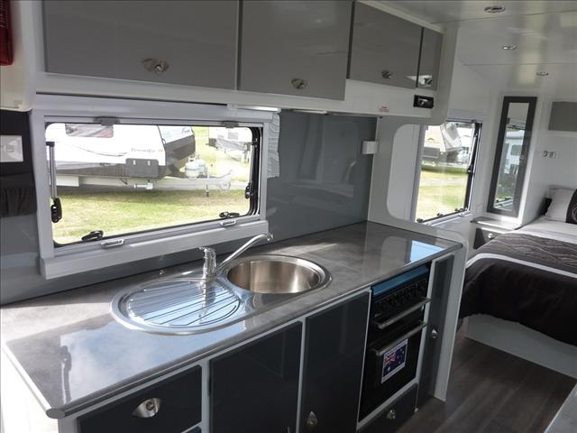 NEW 2018 VILLA VERONIKA 21 FT 6IN CARAVAN ON SALE NOW