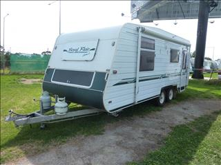 2003 ROYAL FLAIR VAN ROYCE  20ft Tandem Caravan with Combo Shower/Toilet and FULL ANNEX! Front Islan
