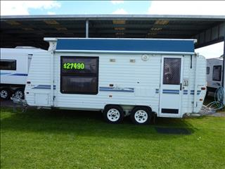 2002 EVERNEW 17 FOOT 6IN TANDEM POP TOP WITH A/C