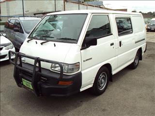 2001 MITSUBISHI EXPRESS SWB SJ00 VAN