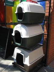 XWX2 Dog Kennels, assorted & cheap (reduced to clear, while stocks last)