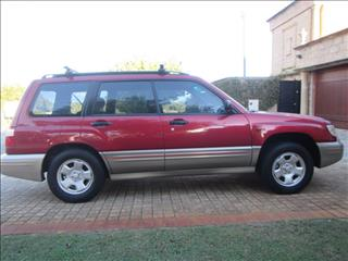 2000 SUBARU FORESTER LIMITED MY01 4D WAGON