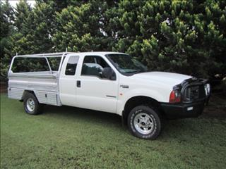 2005 FORD F250 XL 4X4 RN SUPER CCHAS