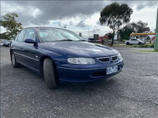 2000 HOLDEN BERLINA VTII 4D SEDAN