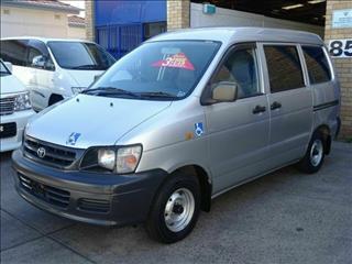 2000 Toyota Spacia Disability Hoist NOAH Wagon