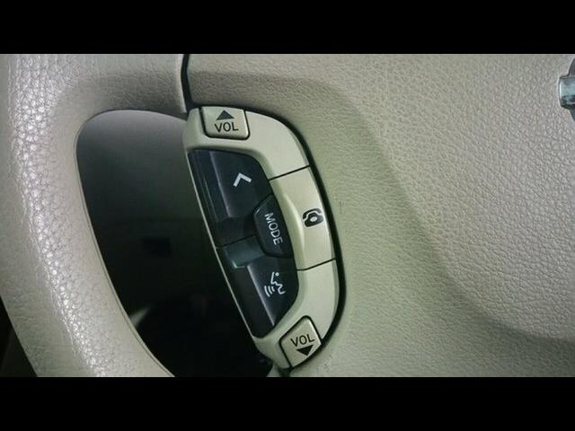 2004 Nissan Elgrand V E51 Wagon