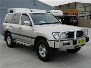 1999 Toyota Landcruiser RV 105 Wagon