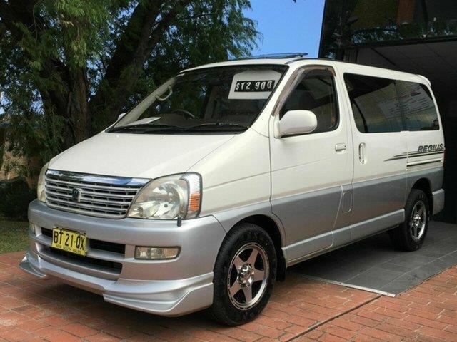 2001 Toyota Regius 2.7 lt RCH41 Wagon