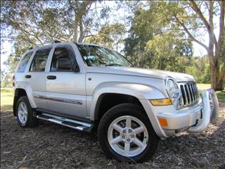2005 JEEP CHEROKEE Limited KJ WAGON