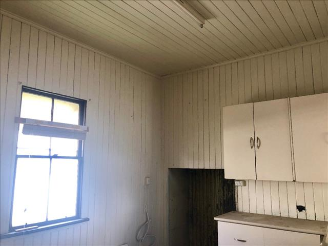 REMOVAL HOME - CLYDE