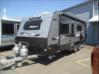 "2017 Montana ""BIGSKY"", 19'6"" Tandem Tourer, Queen Island Bed, Ensuite, Cafe Seating....."