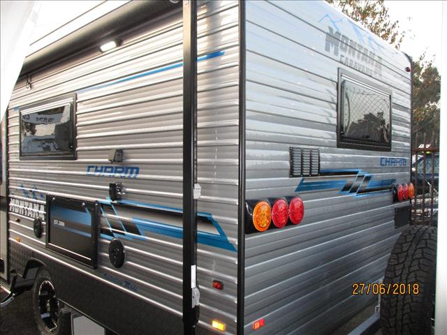 "2018 Montana "" Charm"" 18'6"" ..Semi Off Road Single Axle Tourer, Queen Bed, Ensuite, Cafe Seating...."