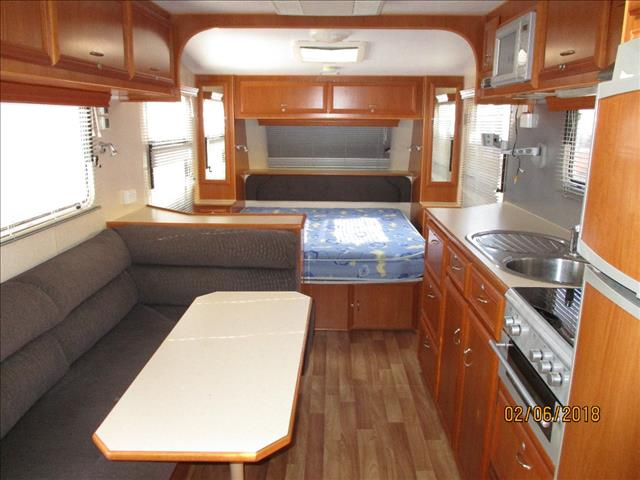 "2008 REGENT 21'6"",CRUISER SE ""SERIES 3"", Queen Bed, Ensuite, L-Shaped Seating....."