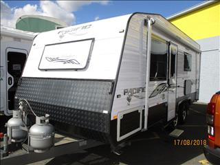 "2014  Pacific Islander 19'6"" Tandem Tourer, Queen Bed, Ensuite Shower and Toilet......"