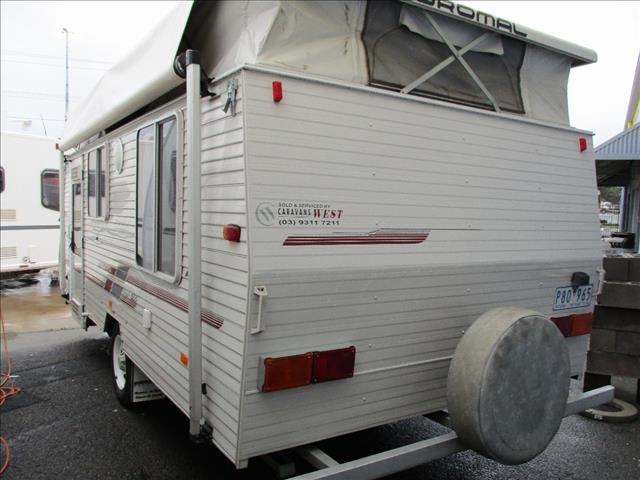 2003 COROMAL Excel 505, 16' Single Axle Tourer, Double Island Bed, Front Kitchen