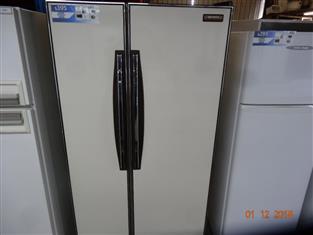 Hitachi 550lt side by side fridge