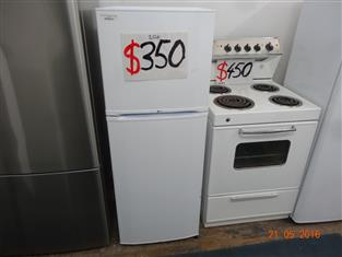 LG 205L frost free Fridge/ freezer