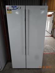 Kelvinator 606L side by side fridge/ freezer