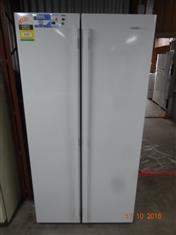 Westinghouse white side by side fridge/ freezer